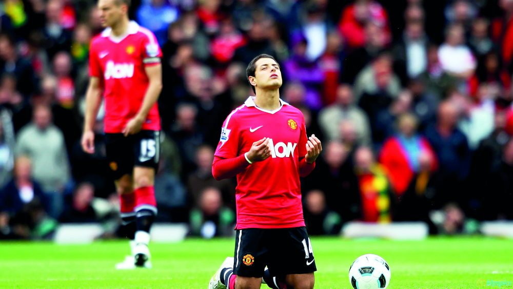 Javier Hernández playing for Manchester United