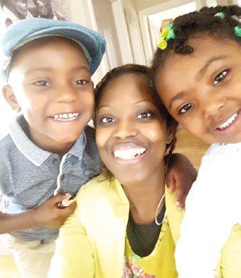 Kelle with her children Regan and Kayori-Rose
